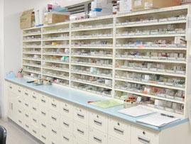 調剤室_1